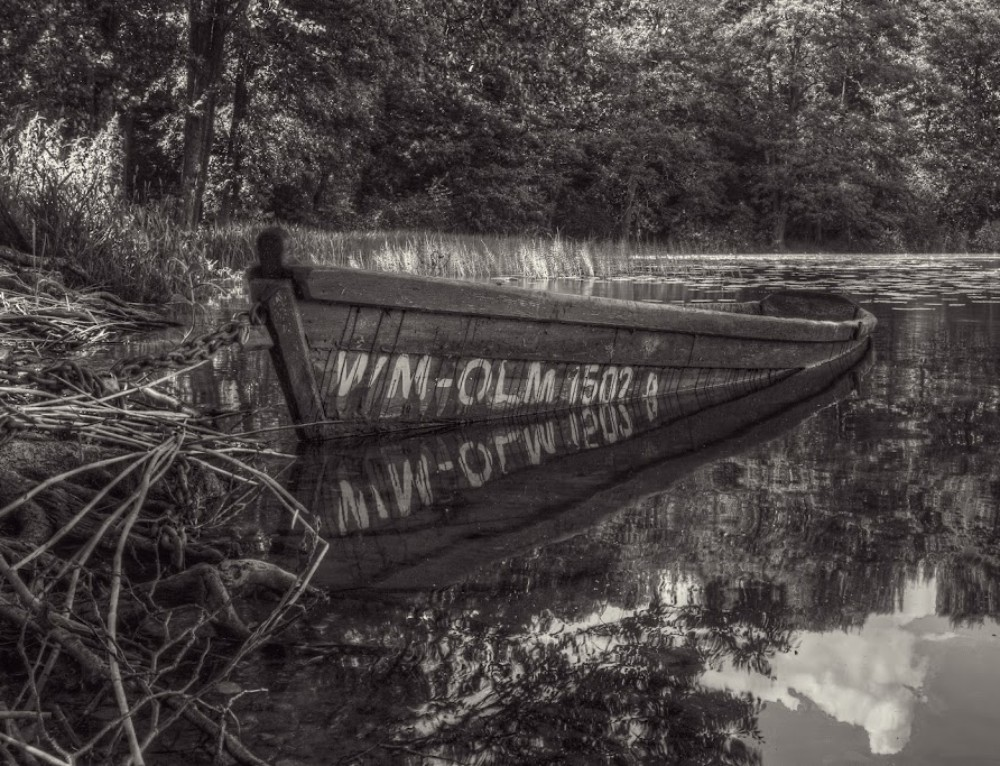 Old boat – a little closer