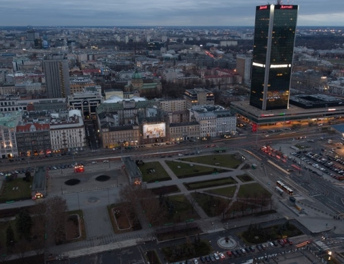 Before/after comparison: Warsaw at blue hour