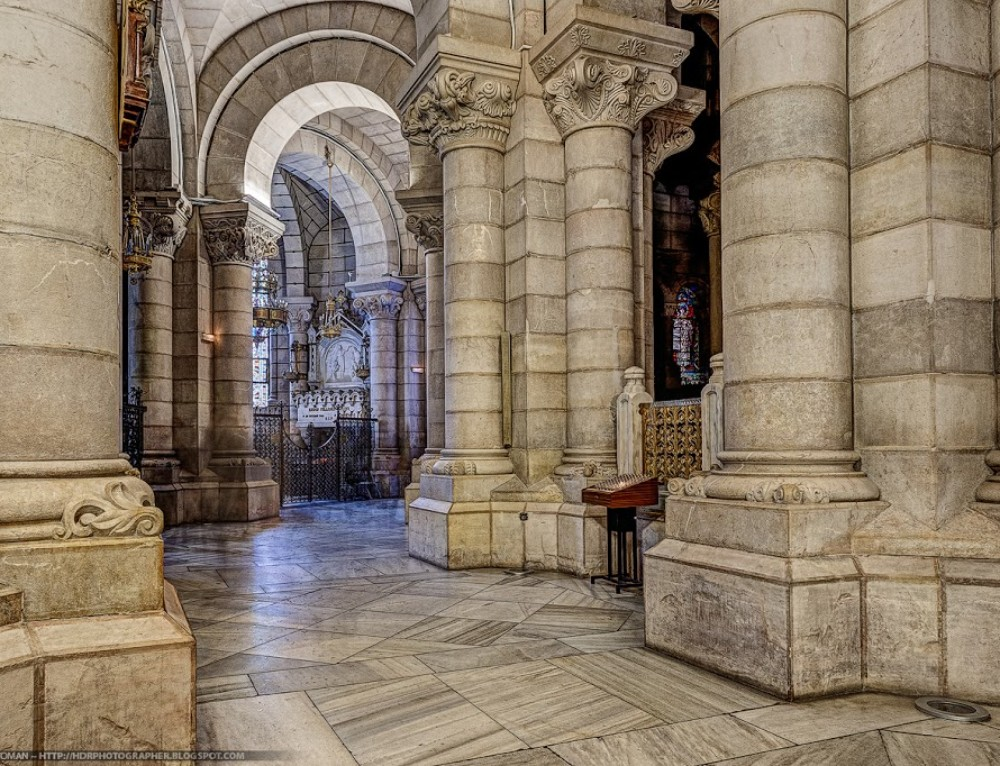 Crypt in HDR