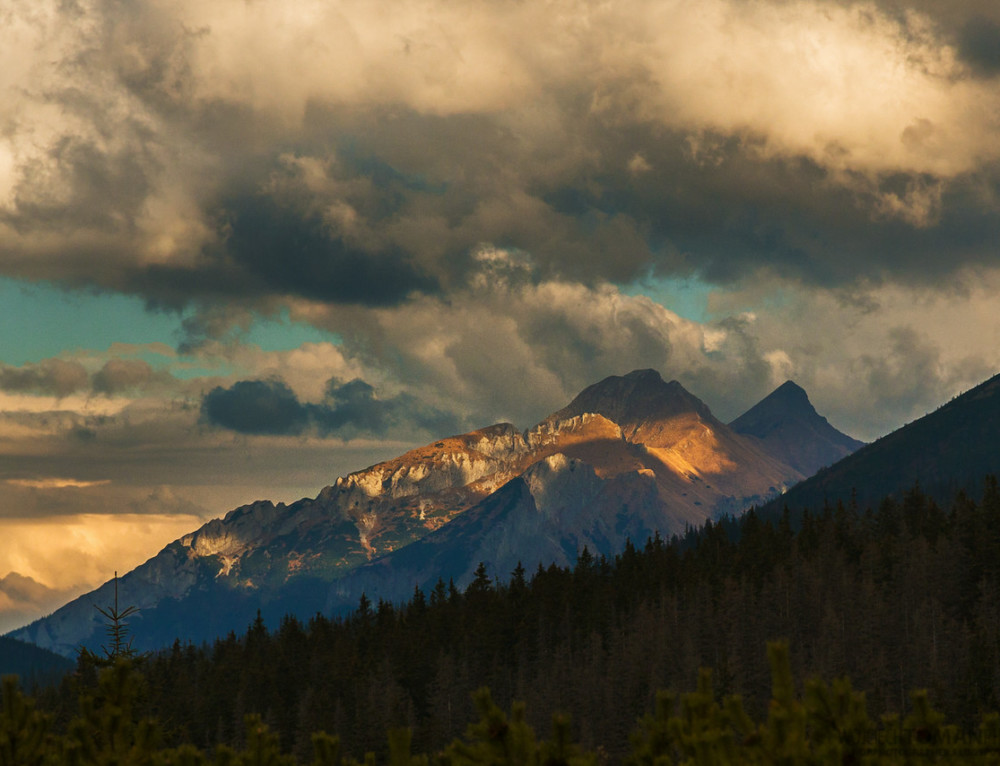 Sunset in Tatra mountains