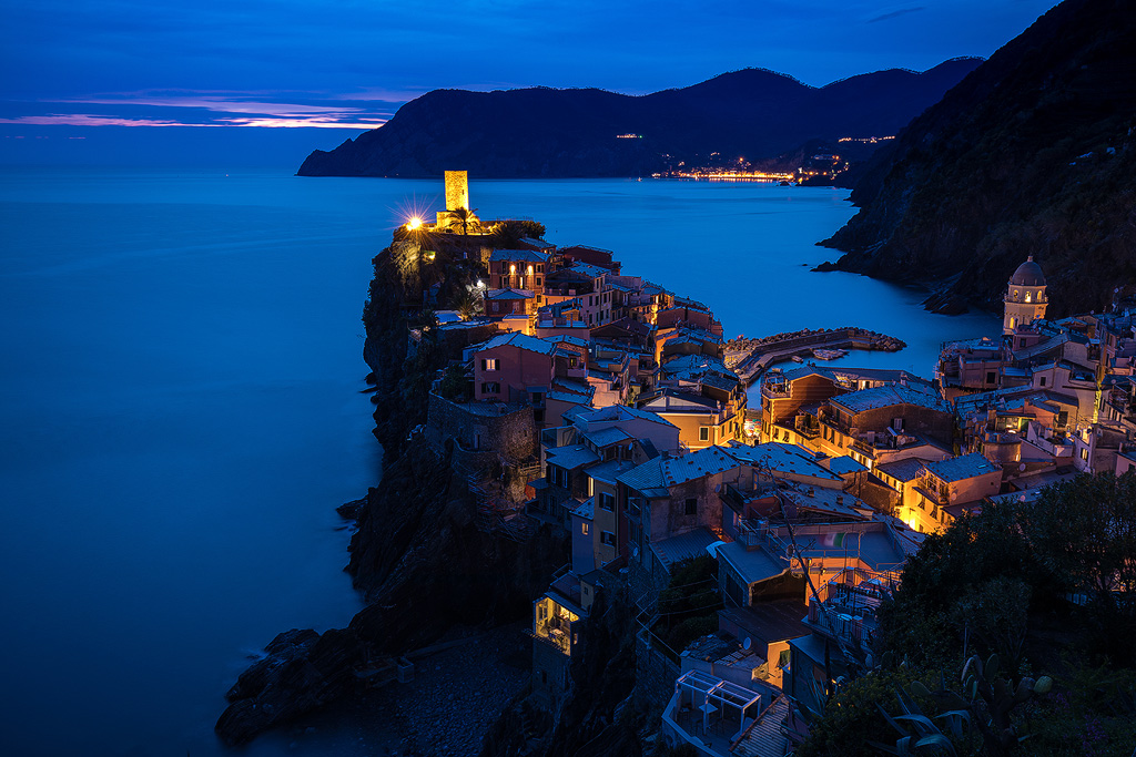 Sunset in Vernazza - time-lapse